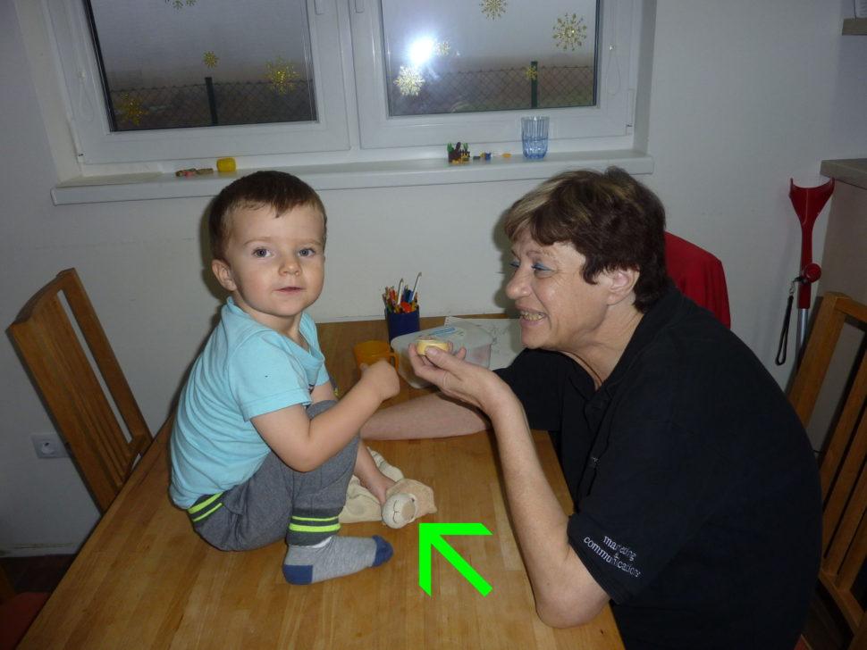 Hrajeme si s babičkou a s Muchlinkou.